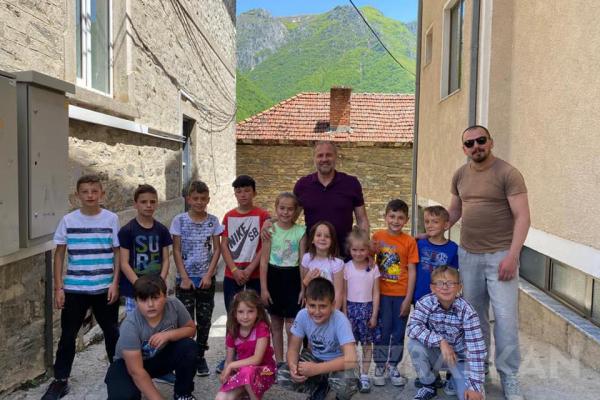 Büyükelçi Sekizkök'ten Mavrovo bölgesindeki Türk köylerine ziyaret