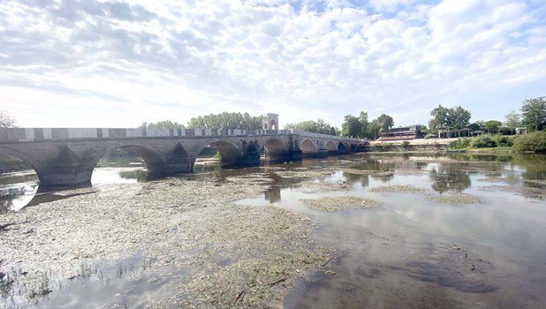Tunca Nehri'nde su seviyesi düştü