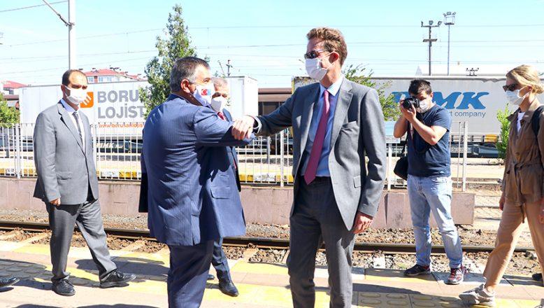 Çerkezköy Tren İstasyonu'nu incelediler