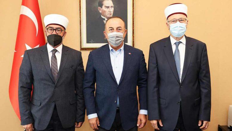 Çavuşoğlu Batı Trakya temaslarına başladı