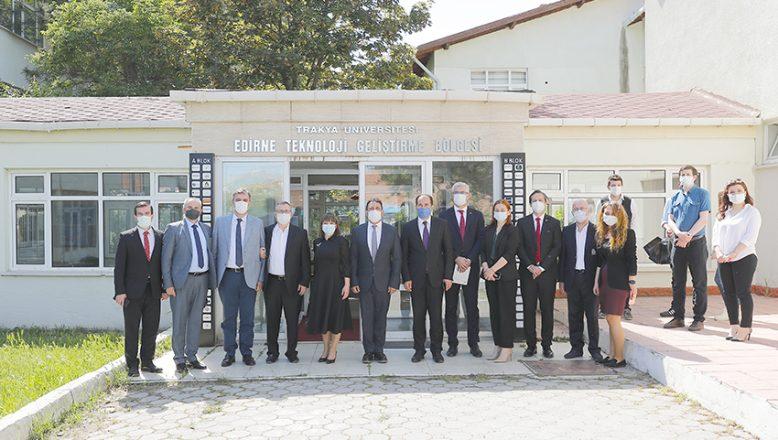 Kuzey Makedonya Eğitim Ve Bilim Bakanı Teknopark'ı İnceledi