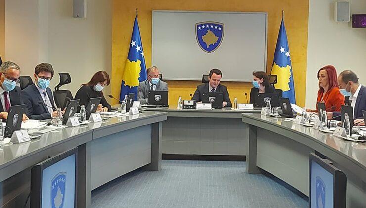 Kosova'da sokağa çıkma kısıtlaması kaldırıldı, çalışma saatleri uzatıldı