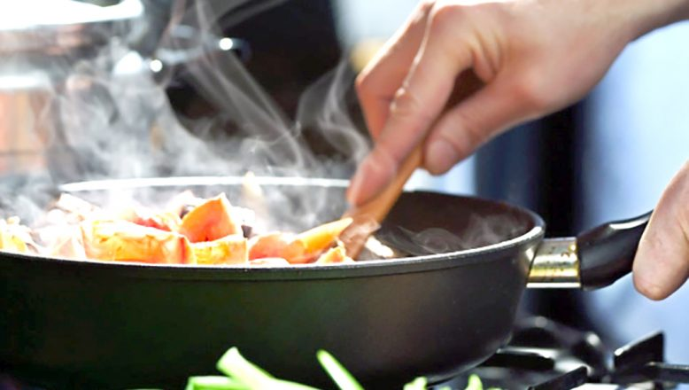 Yemek hazırlama ve dağıtım hizmeti alınacak