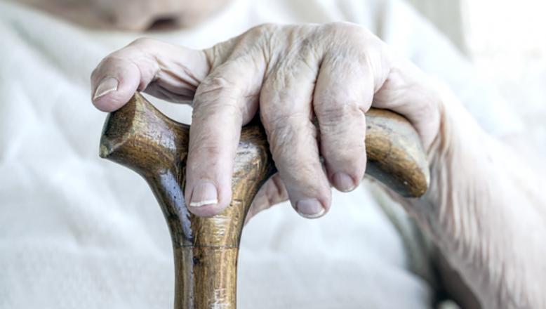 Yaşlıların ev temizliği ile genel bakım hizmeti alınacak