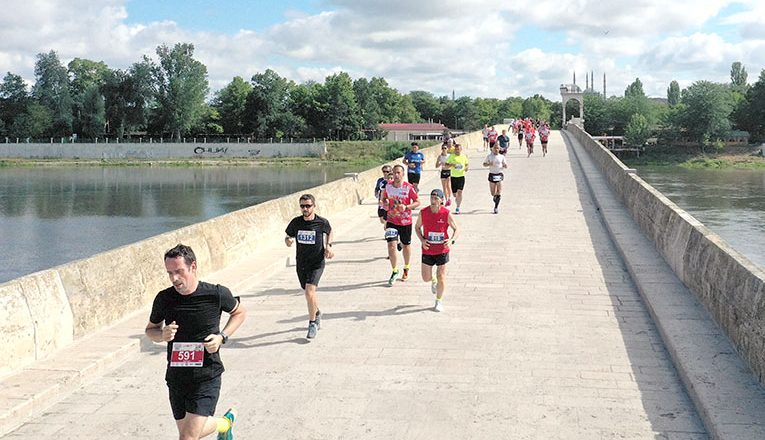 Maraton koşuldu
