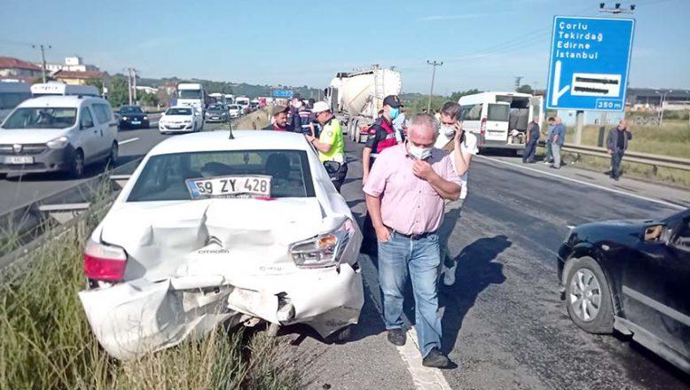 Zincirleme trafik kazasında 7 kişi yaralandı