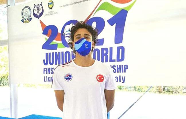 Edirneli yüzücü dünya 8'incisi oldu