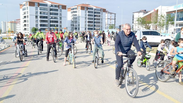 "Keşan'da ""bisiklet turu"" düzenlendi"