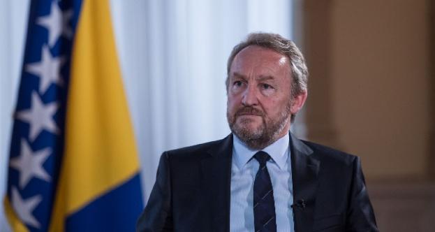 """Boşnak lider İzetbegoviç'ten Sırbistan'a """"Kosova"""" tepkisi"""