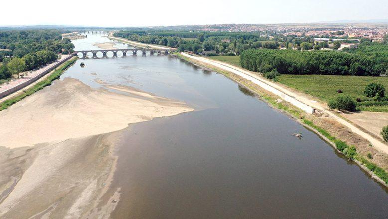 Nehirler dibi gördü… Tehlike çanları çalıyor!