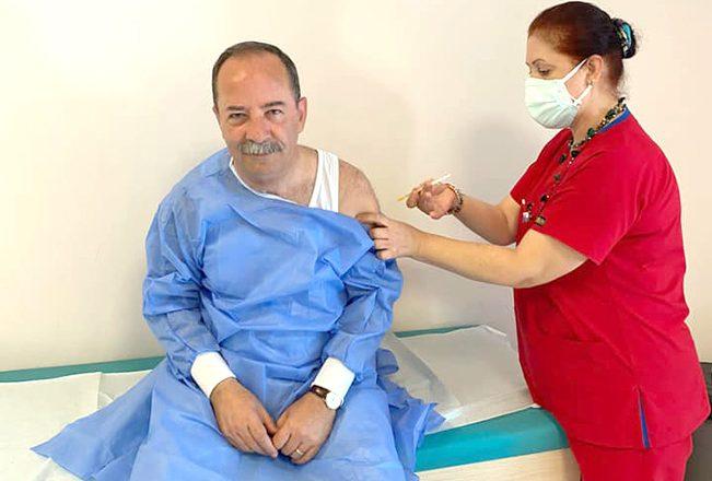 Gürkan 3. doz aşısını oldu