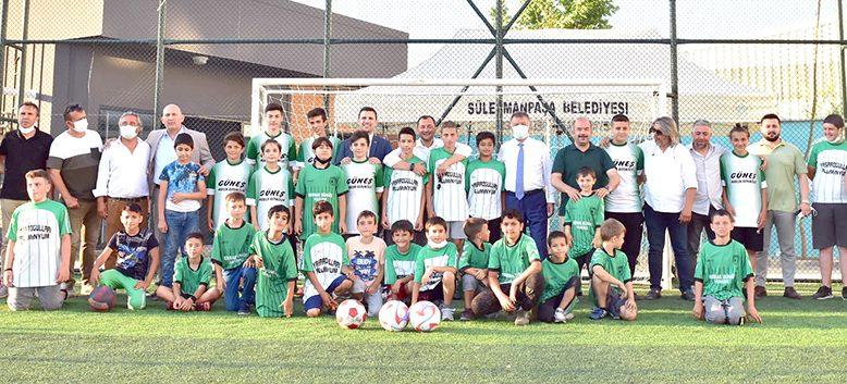 Çınarlı Mahallesi Spor Sahası açıldı