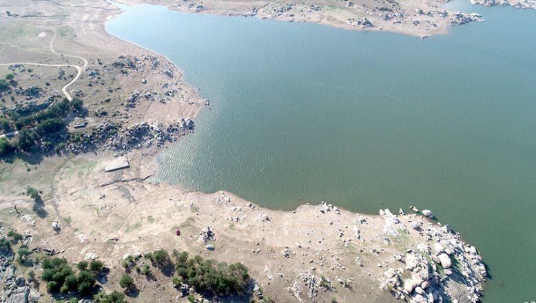 Barajların su seviyeleri düşüyor