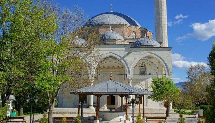 Üsküp Mustafa Paşa Camii'nde Hırsızlık