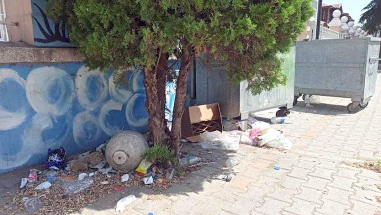 Okul bahçeleri çöplük olmasın!