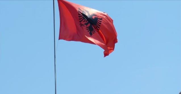 Arnavutluk'a giriş şartları değişiyor