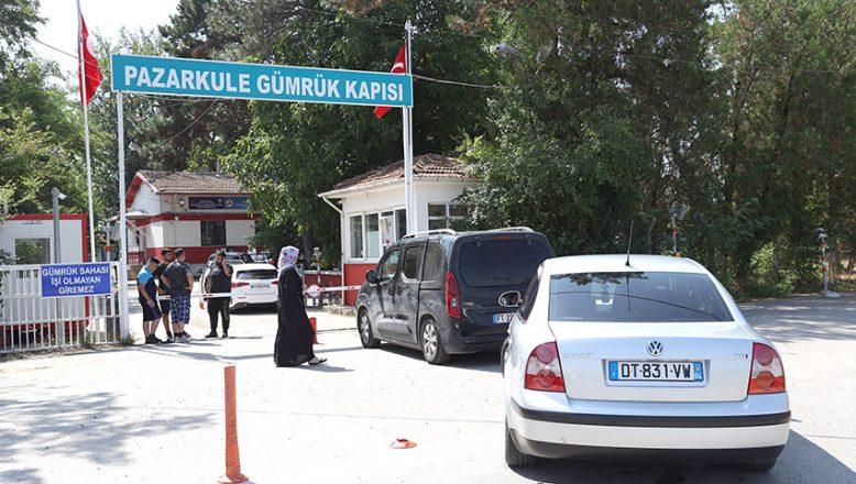 Kapıkule'deki yoğunluk diğer sınır kapılarına yöneltti