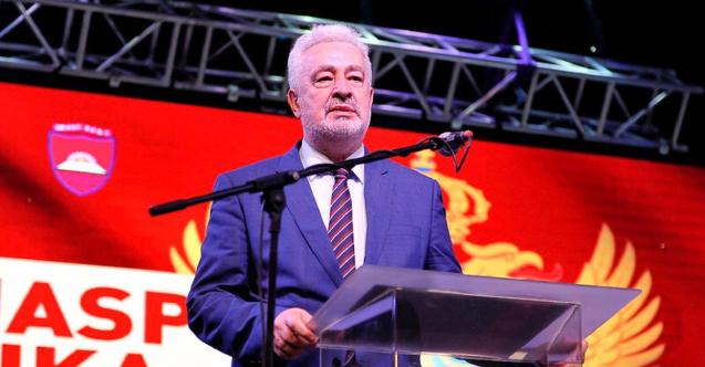 Karadağ'da başbakan ve yedi bakana para cezası