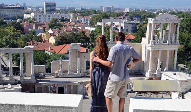 Yaklaşık 2,5 milyon turist tatil için Bulgaristan'ı seçti