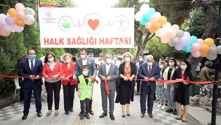 """""""Halk Sağlığı Sokağı"""" açıldı"""