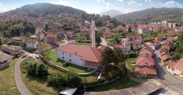 Foça Hünkâr Camii 520 yaşında