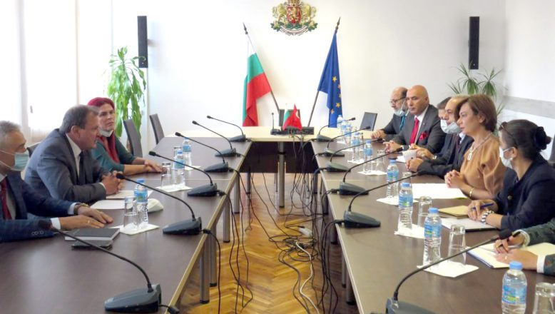 Büyükelçi Sekizkök'ten Şumnu'ya ilk resmi ziyaret