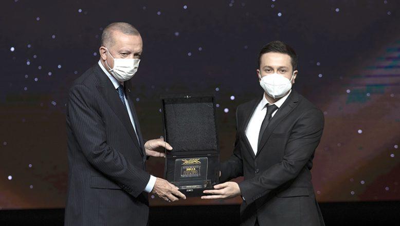 Akdoğan, Trakya Üniversitesi'ni gururlandırdı
