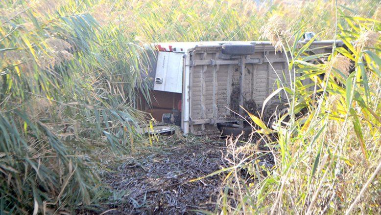 Diyaliz hastalarını taşıyan minibüs devrildi, 7 kişi yaralandı