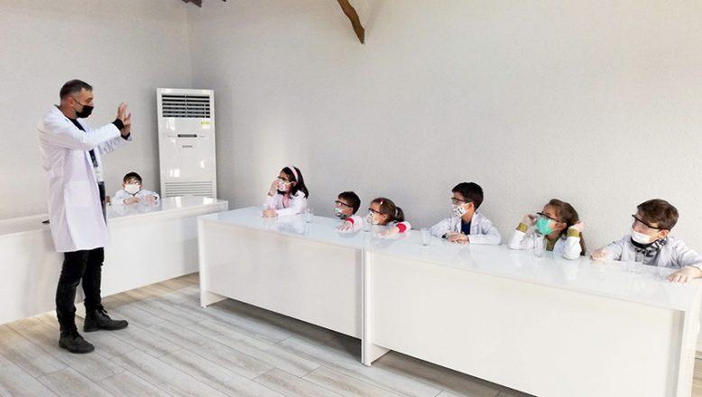 Çocuk Müzesi'nde Bilim Atölyesi