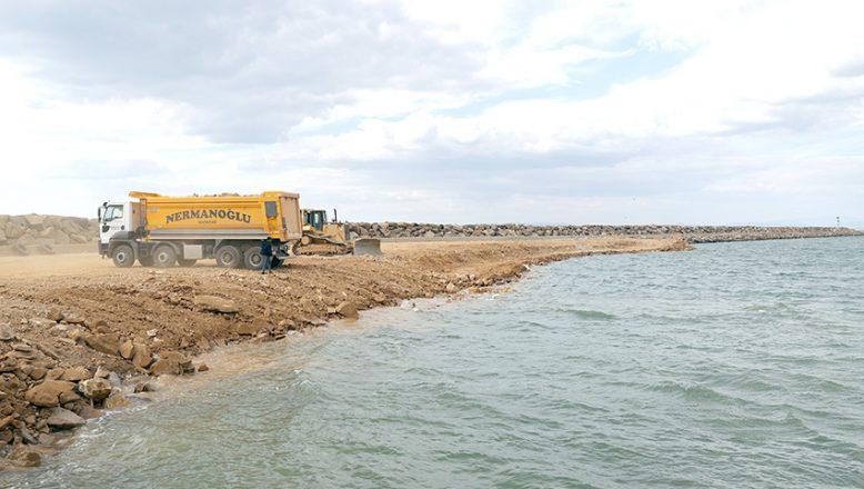 Enez Deniz Gümrük Kapısı liman inşaatı sürüyor