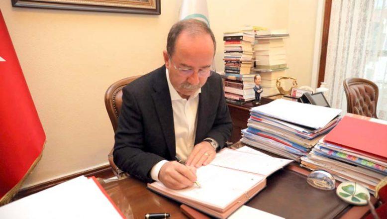 Gürkan sözleşmeyi imzaladı