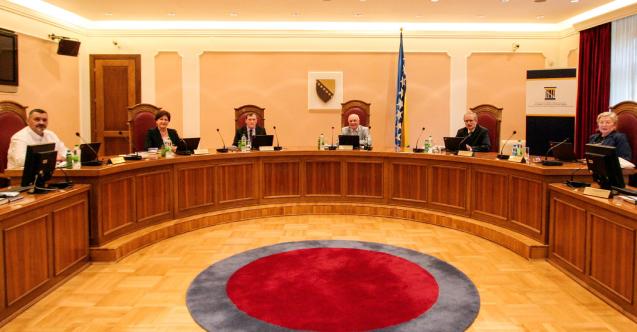 Bosna Hersek Anayasa Mahkemesi'ne Arnavut hakim atandı