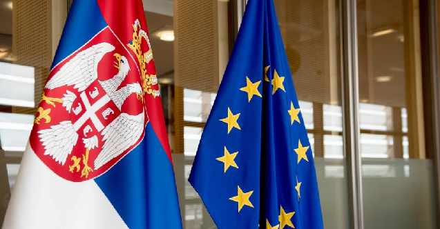 """Sırbistan hükümeti: """"Halkın yüzde 57'si AB'ye üyeliği destekliyor"""""""
